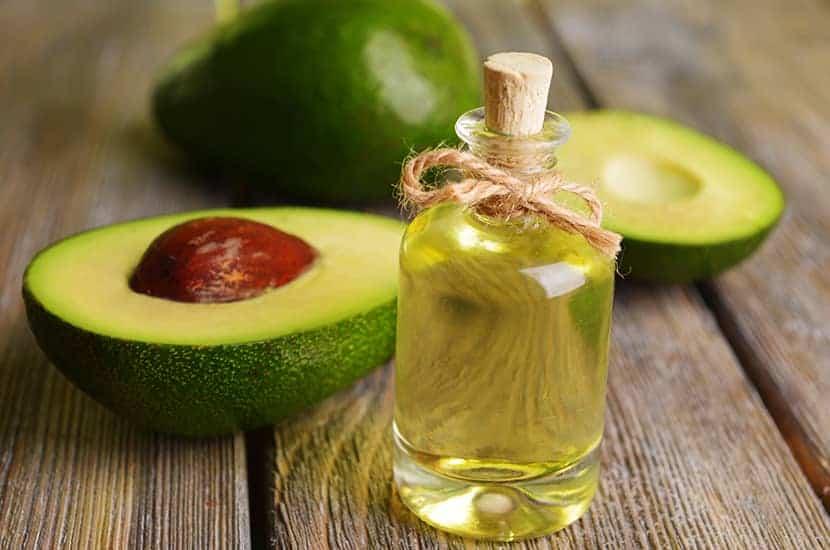El aceite de aguacate es rico en vitaminas y minerales.