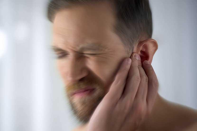 El tinnitus es un síntoma que daña el sistema auditivo