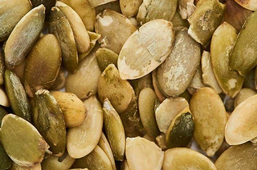 Las semillas de calabaza contienen un aminoácido que afecta a los gusanos.