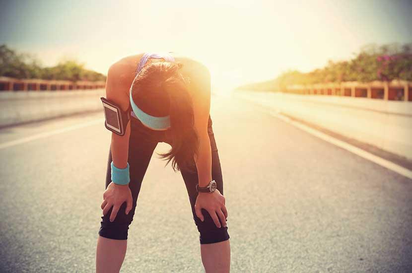 Practicar demasiado deporte también puede afectar sus rodillas